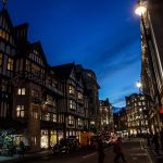 « Soirée à Londres. » - Hideo Kojima