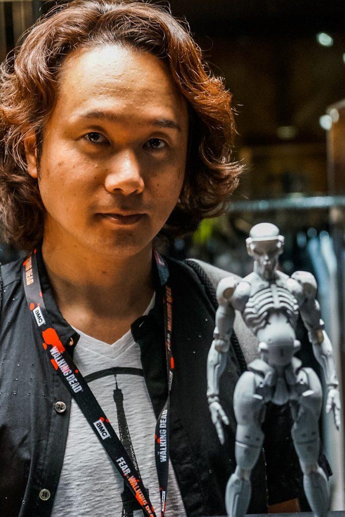 « Cette figurine originale de Yoji Shinkawa, à l'échelle 1/6, est aussi visible chez BAIT. » - Hideo Kojima (21 juillet 2016)
