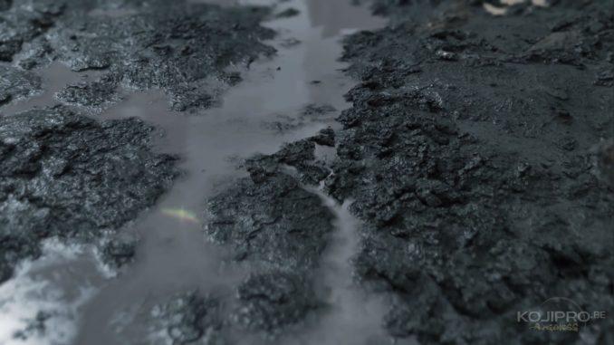 Les grains de sable de l'E3 ont laissé leur place à un sol détrempé.