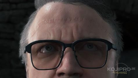 Une longue cicatrice se dessine sur le front de Guillermo del Toro