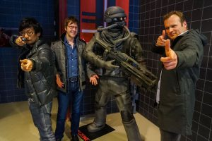 Hideo Kojima, Mark Cerny et Herman Hulst chez Gerrilla Games, le 26 janvier 2016