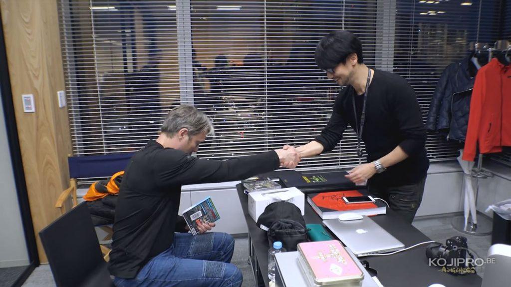 Mads Mikkelsen et Hideo Kojima, dans le bureau de ce dernier - Janvier 2017