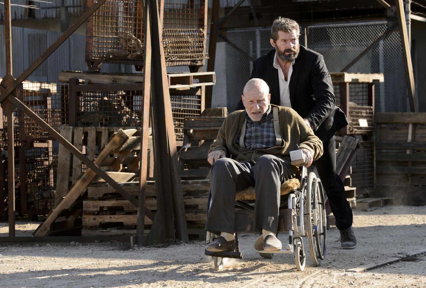 Hugh Jackman et Patrick Stewart dans Logan (2017) de James Mangold