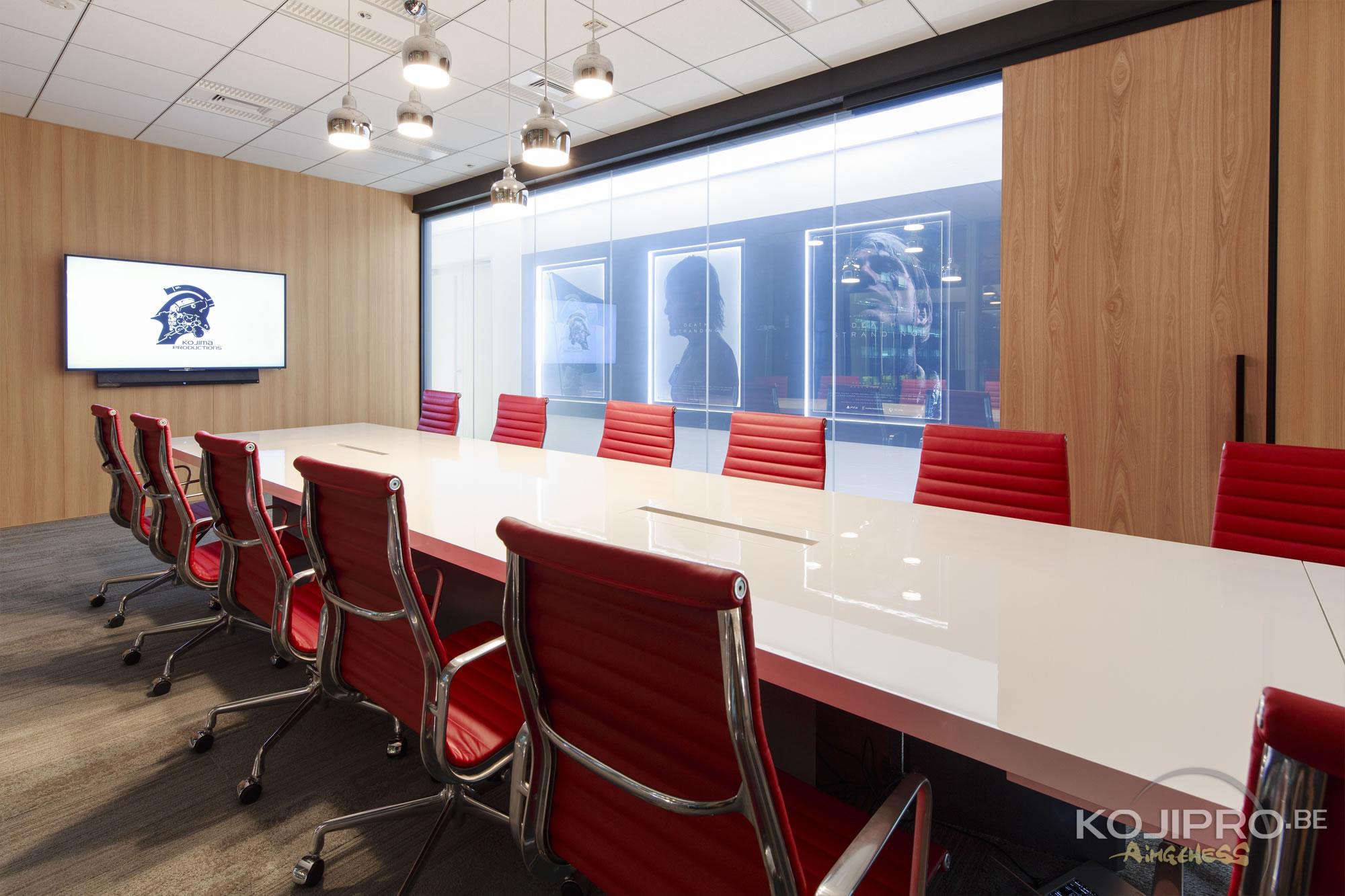 Salle de réunion de Kojima Productions