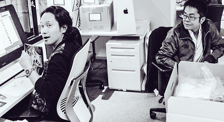 Yoji Shinkawa et Kenji Yano dans le premier bureau de Kojima Productions, en mai 2016