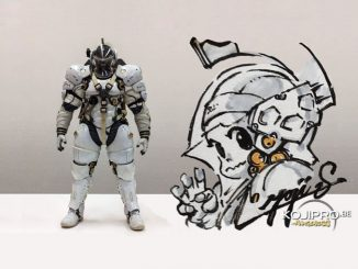 Figurine de Ludens réalisée par Sentinel et dédicace de Yoji Shinkawa pour les 30 ans de Max Factory