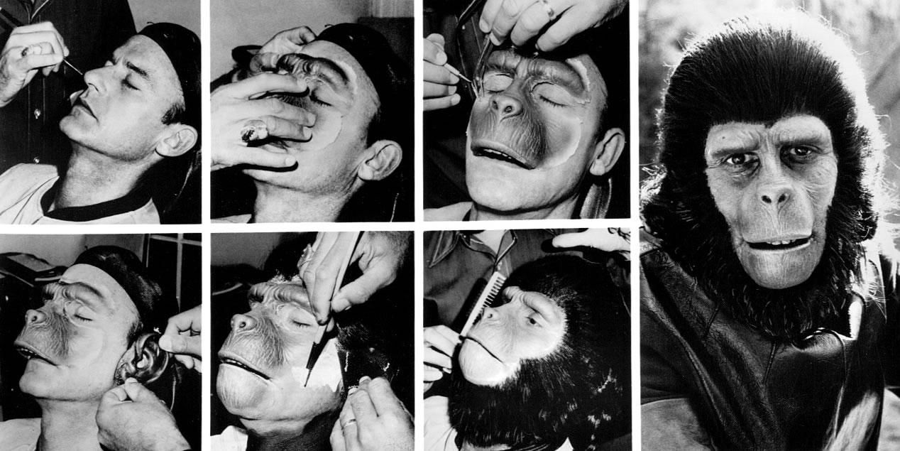 Roddy McDowall se faisant maquiller en singe pour La Planète des Singes de Franklin J. Schaffner (1968)