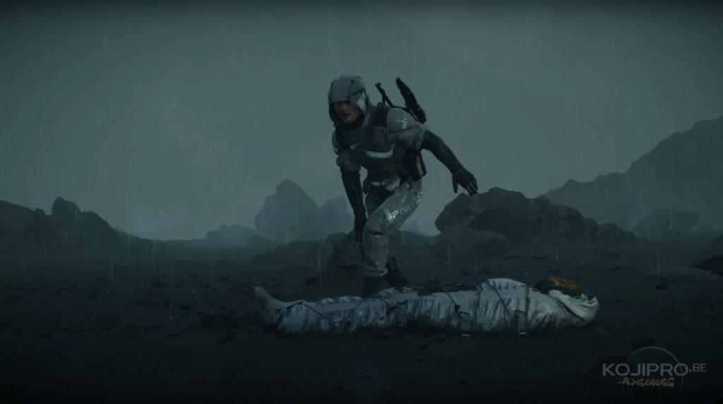 Sam se lève pour inspecter le corps.
