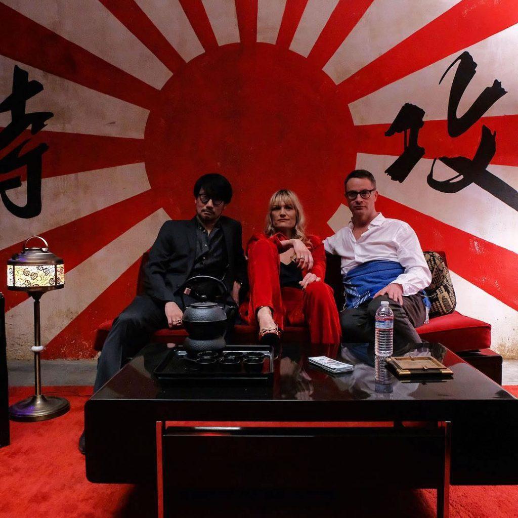 Hideo Kojima, Liv Corfixen et Nicolas Winding Refn sur le tournage de « Too Old To Die Young », le 22 février 2018