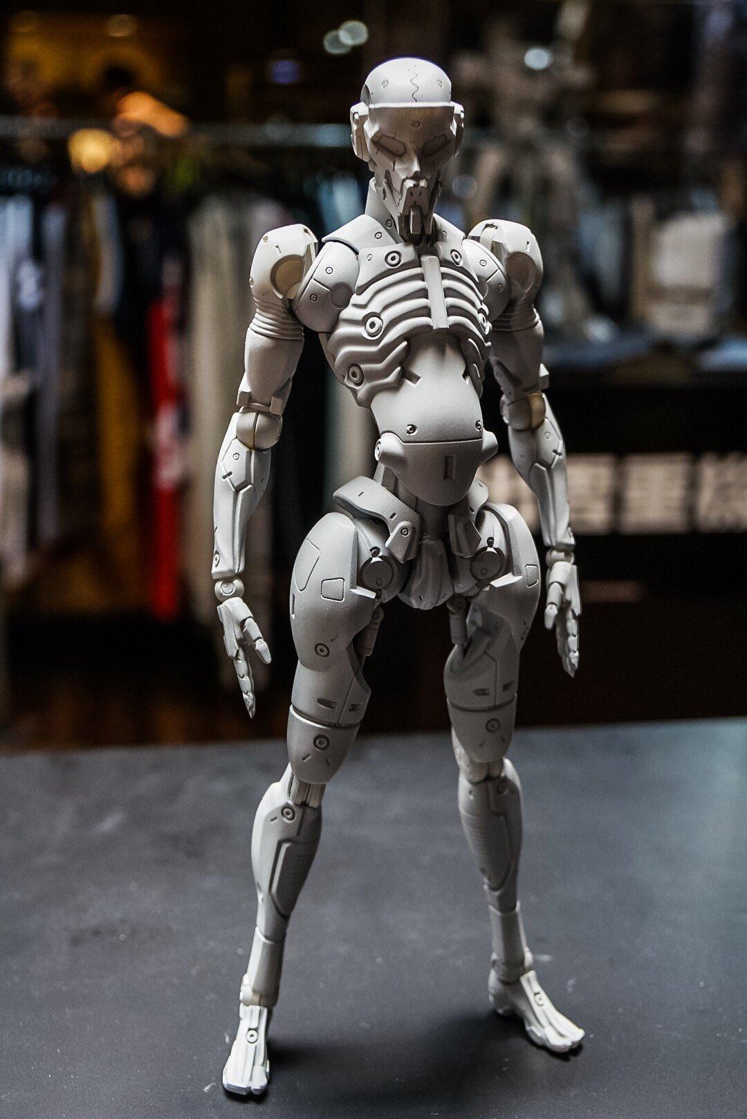 Figurine originale par Yoji Shinkawa (San Diego 2016)