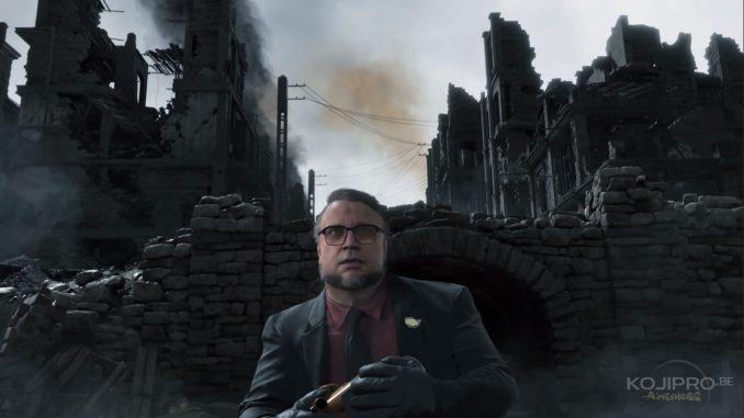 Guillermo del Toro semble terrifié par les avions dans le ciel.