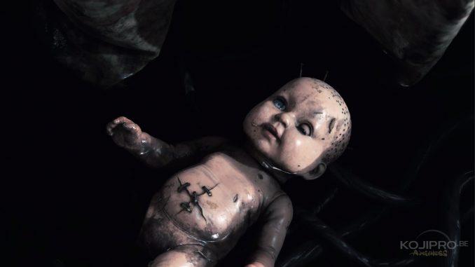 La poupée et Norman Reedus partagent la même cicatrice