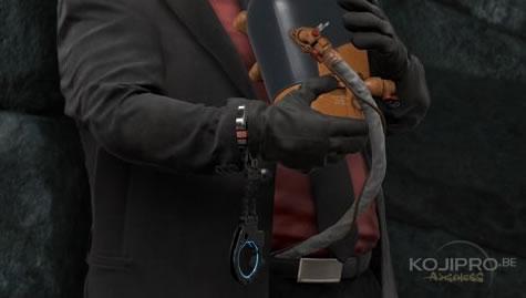 Guillermo del Toro a deux cordons ombilicaux et des menottes