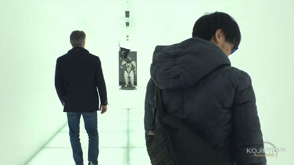 Mads Mikkelsen, Ludens et Hideo Kojima, dans le couloir d'entrée de Kojima Productions - Janvier 2017