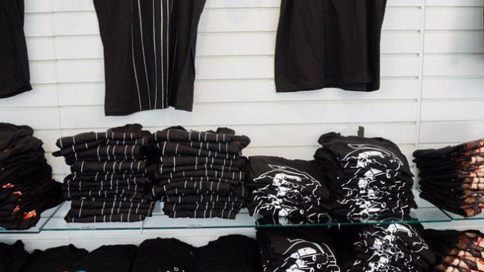 Des t-shirts Death Stranding en vente à l'E3 2017, le 12 juin 2017