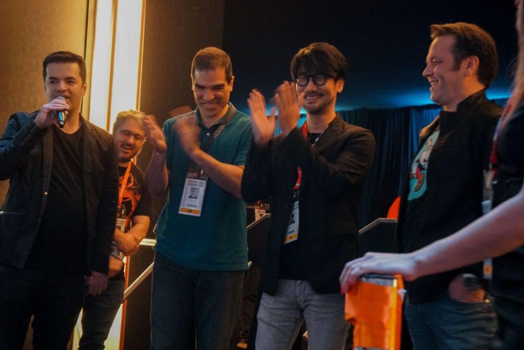 Marcelo Tavares, Ed Boon, Hideo Kojima et Phil Spencer fêtent l'ouverture du Brasil Game Show, le 11 octobre 2017