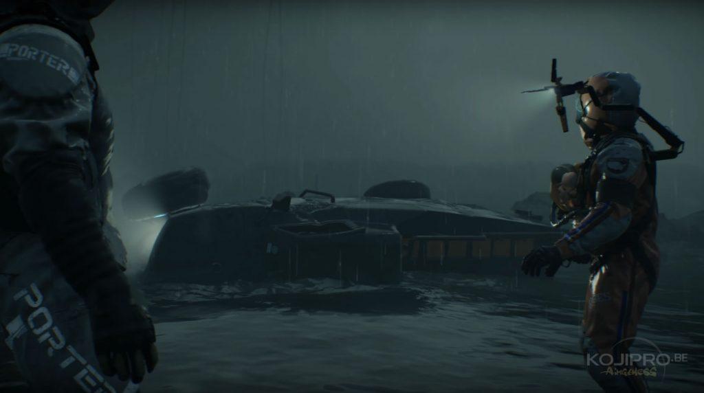 Le personnage masqué a disparu du véhicule qui s'enfonce dans les flots.