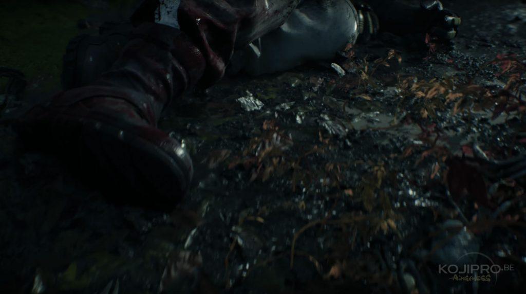 Sam semble être blessé à la jambe droite. Son pantalon est taché de sang.