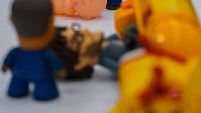 Hideo Kojima utilise des jouets pour visualiser certaines scènes de Death Stranding.